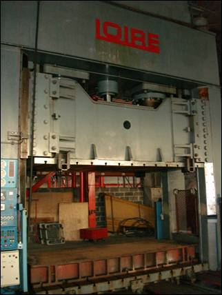 """LOIRE"" Hydr. Plastic Mould Press"