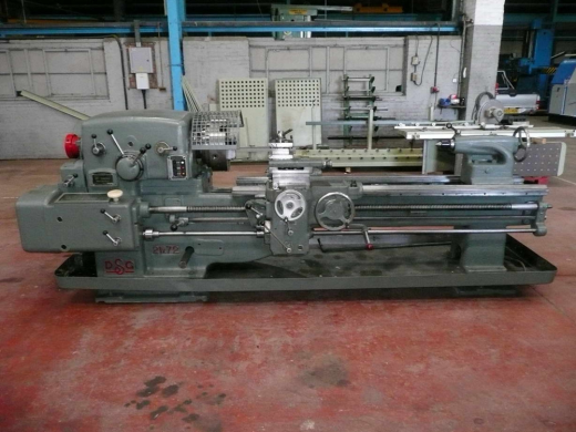 10.1/2 X 72 (267MM X 1829MM) STRAIGHT BED CENTRE LATHE