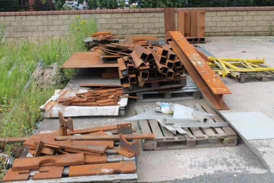 ... JIGS & APPROX 20No. PALLETS OF STEEL for sale : Machinery-Locator.com